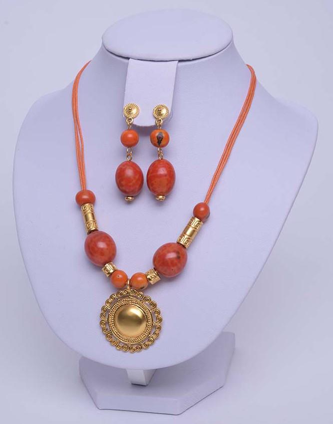 Collier précolombien orange