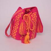 Sac ethnique colombien artisanal Wayuu fuchsia