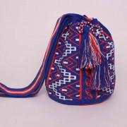 Sac Mochila artisanal colombien Wayuu bleu-blanc-rouge