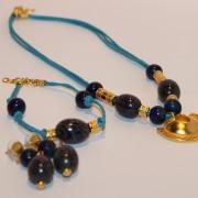 chtp048-bleu-marine-collier-doree-bis-b