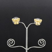 boucles d'oreilles ethniques artisanales mini Papillon Tairona plaqué or de Colombie